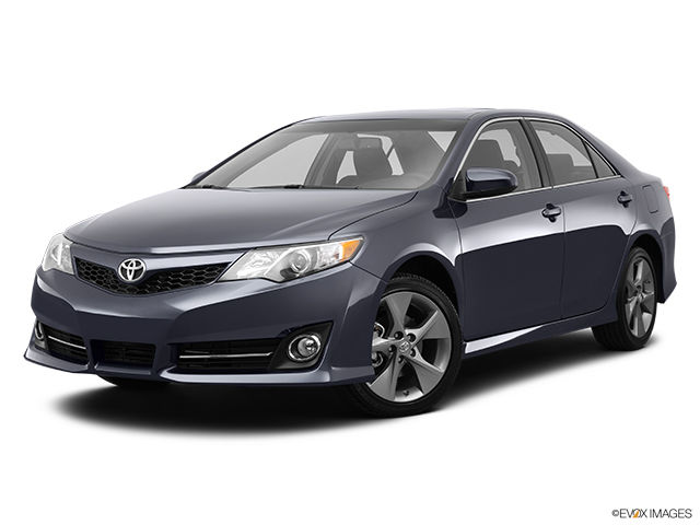 new 2014 toyota camry se for sale in pincourt. Black Bedroom Furniture Sets. Home Design Ideas