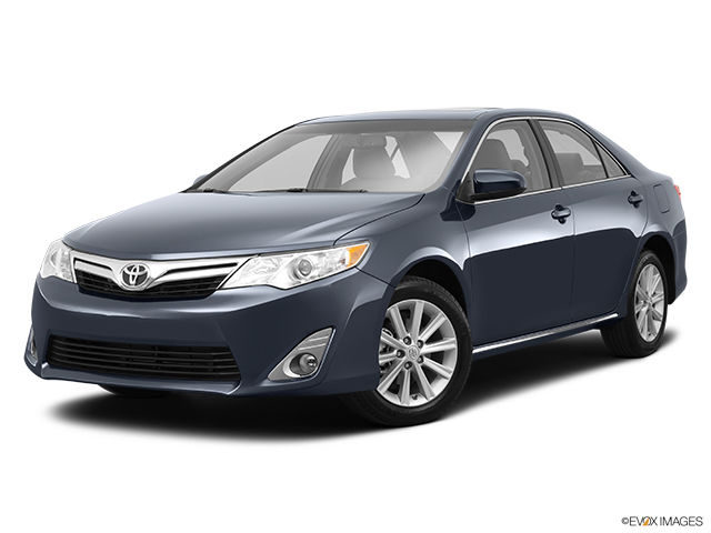 new 2014 toyota camry xle for sale in pincourt ile perrot. Black Bedroom Furniture Sets. Home Design Ideas