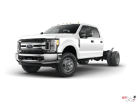 2018 Ford Chassis Cab F-350 XLT | Photo 1 | Oxford White