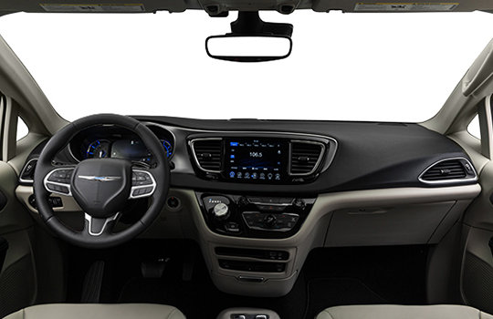 chrysler pacifica hybride touring plus 2018 l vis l vis chrysler. Black Bedroom Furniture Sets. Home Design Ideas