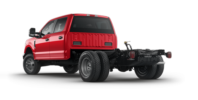 2018 Ford Chassis Cab F-350 XLT | Photo 5 | Race Red