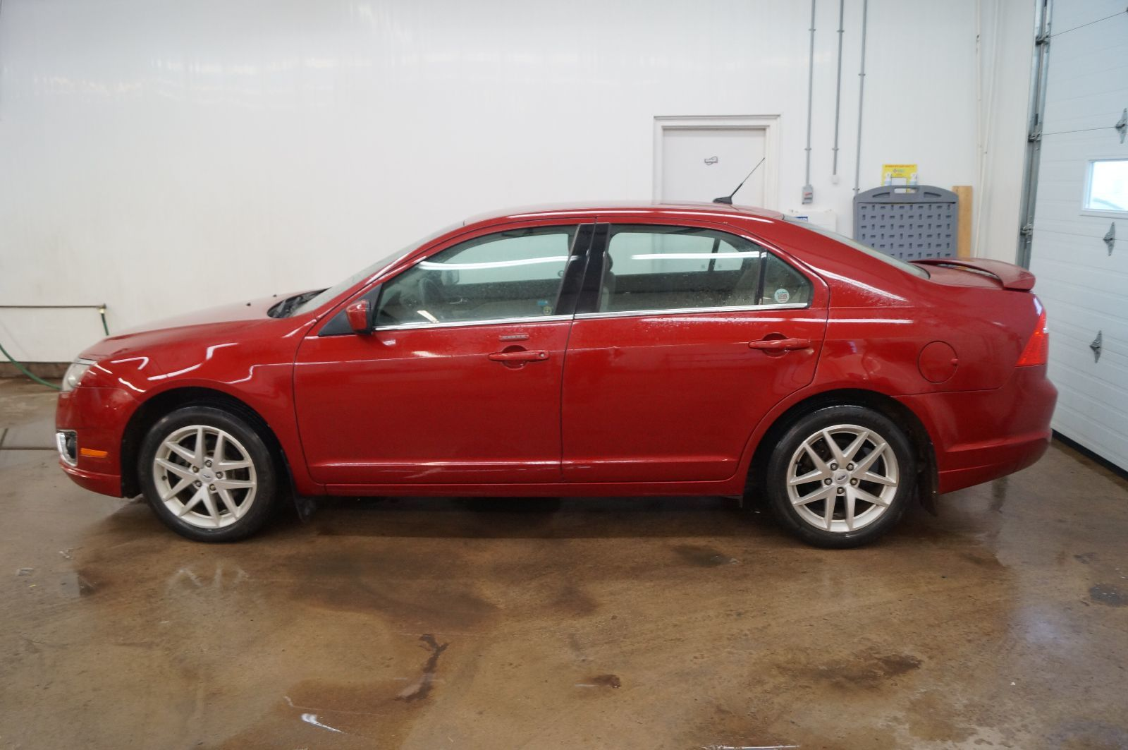 used 2010 ford fusion sel in yarmouth 0. Black Bedroom Furniture Sets. Home Design Ideas