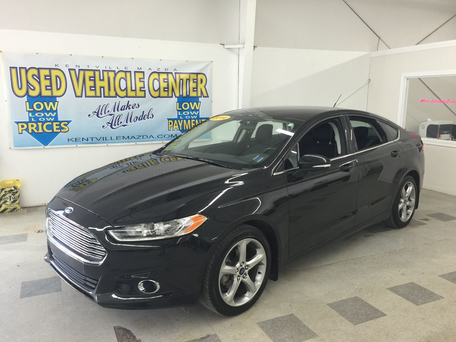 Used 2014 Ford Fusion Se In Kentville Inventory Img 1