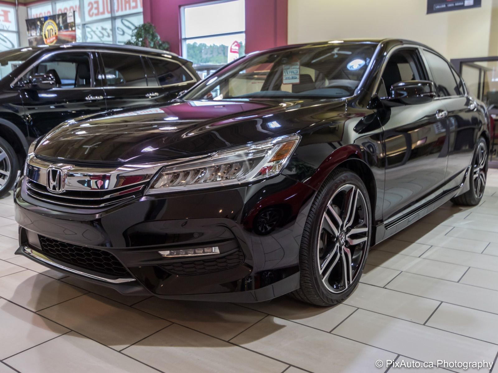 pre owned 2017 honda accord touring lallier honda montreal. Black Bedroom Furniture Sets. Home Design Ideas