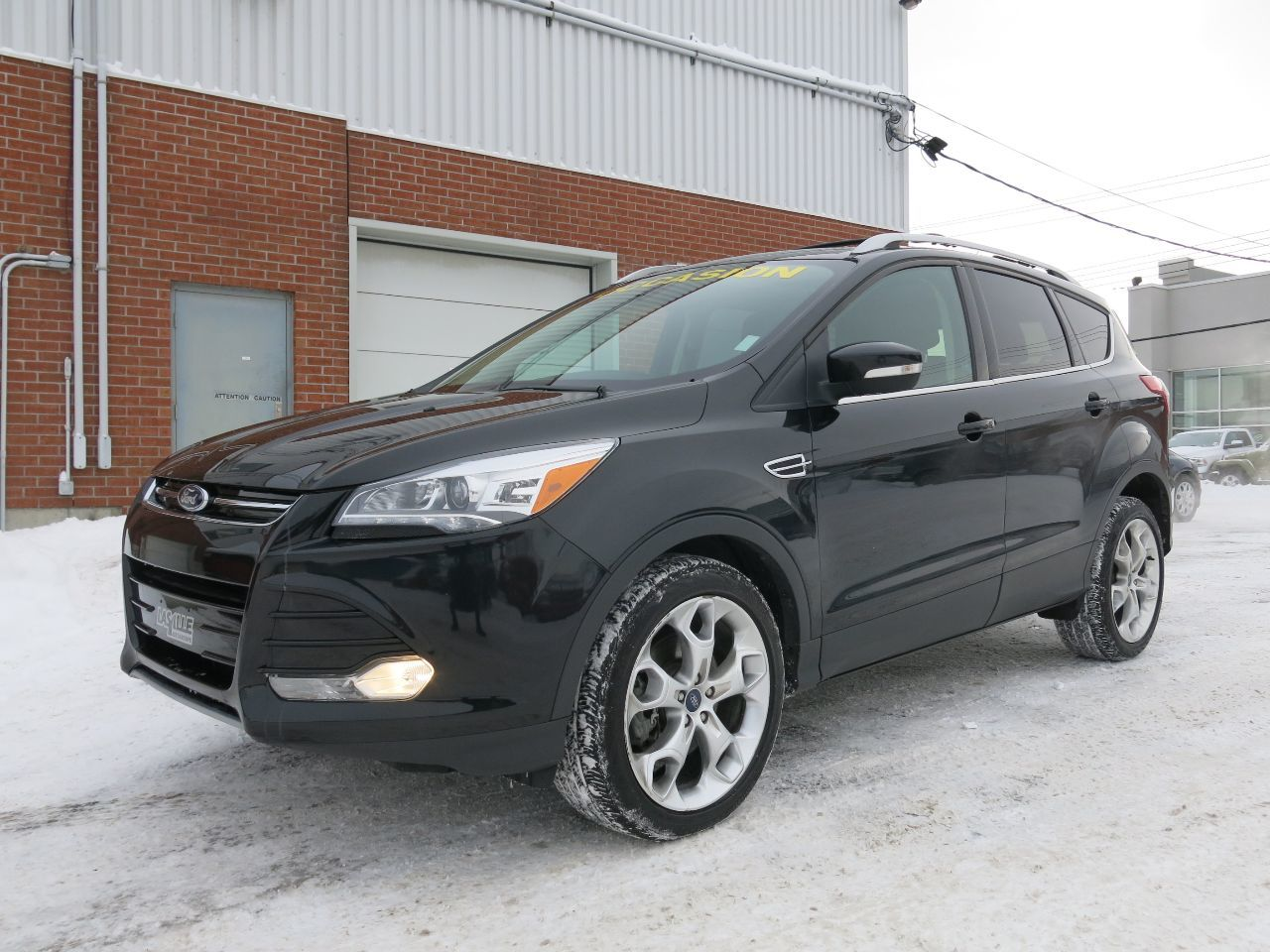used 2013 ford escape titanium gps awd sold in montreal lasalle fiat. Black Bedroom Furniture Sets. Home Design Ideas