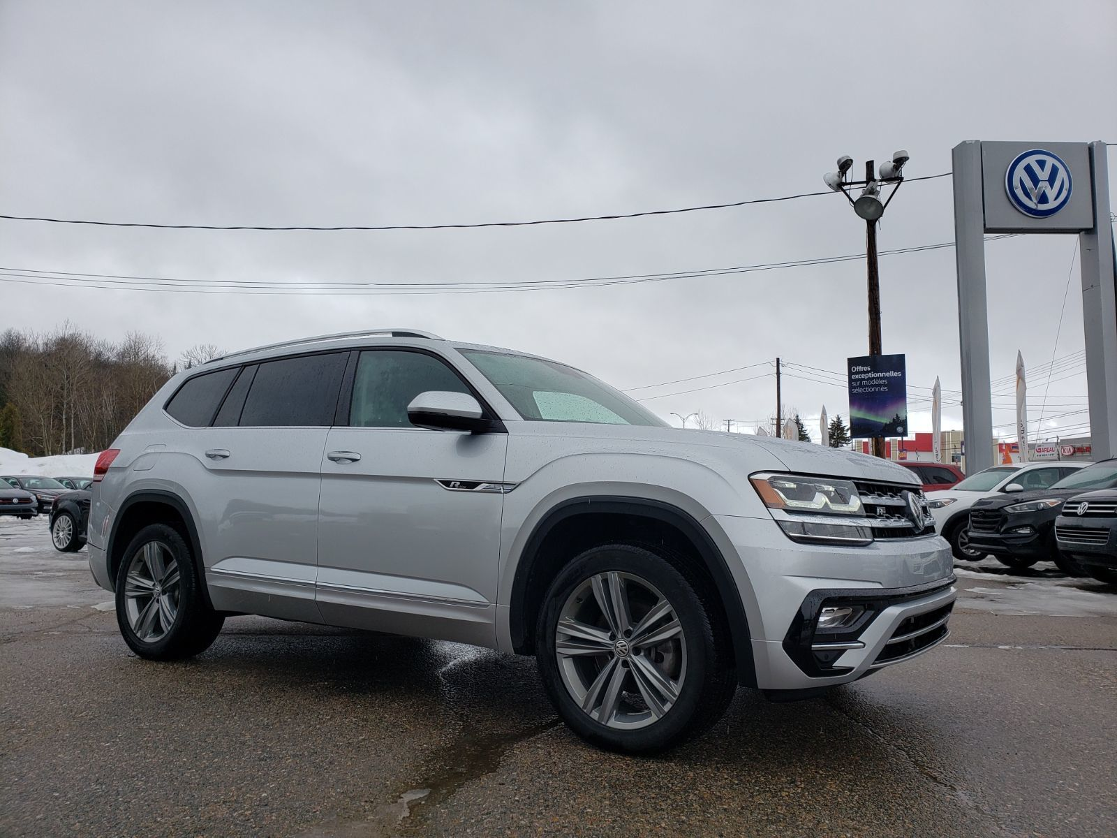 Used 2018 Volkswagen Atlas Highline Demo V6 3 6l R Line Silver 12 450 Km For Sale 39995 0 Leblanc Vw 2411