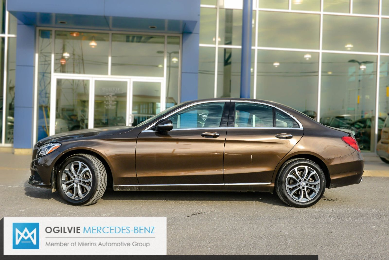 Pre owned 2015 mercedes benz c300 4matic in ottawa used for Search mercedes benz inventory
