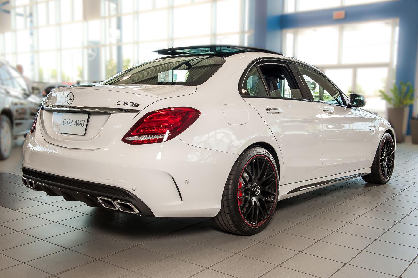 New 2015 mercedes benz c63 amg s sedan for sale in ottawa for Mercedes benz chandler inventory