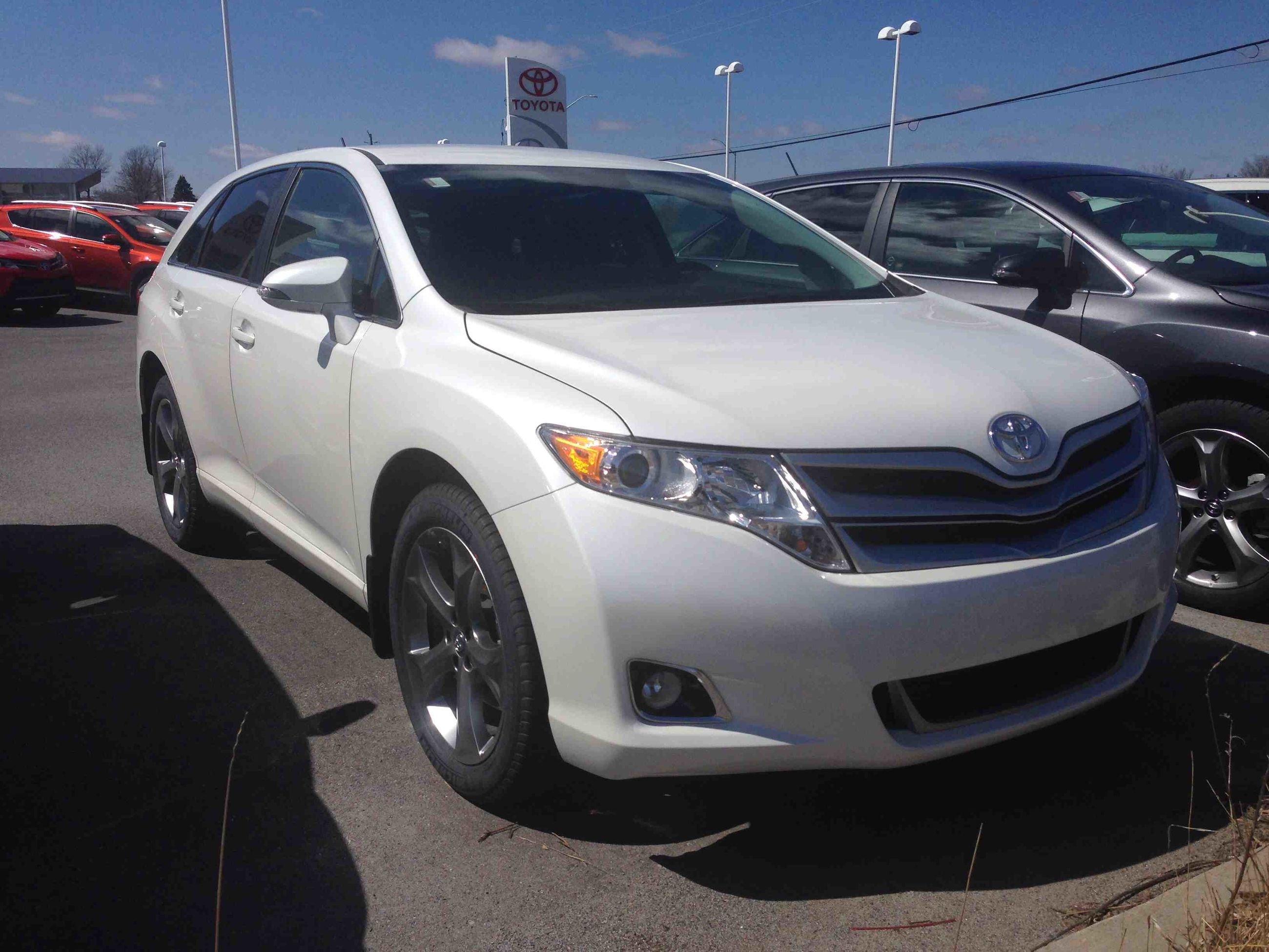 new 2015 toyota venza v6 6a for sale in kingston kingston toyota in kingston. Black Bedroom Furniture Sets. Home Design Ideas