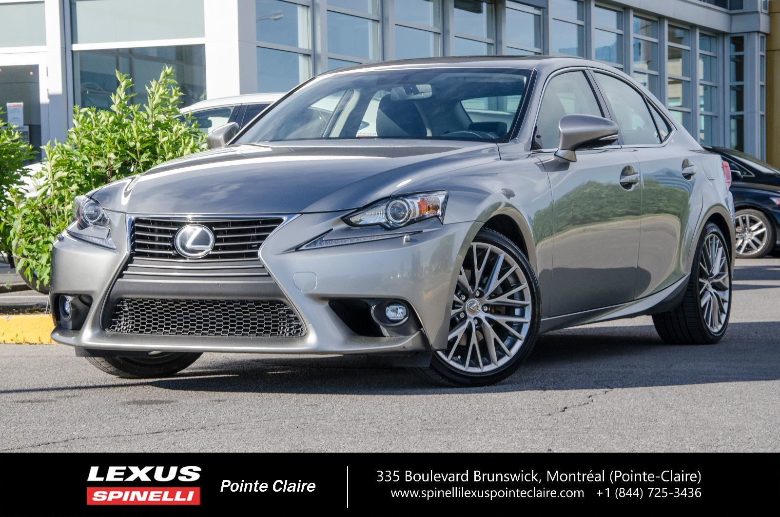 used 2015 lexus is 250 awd premium cam toit cuir tr s propre in montreal laval and south. Black Bedroom Furniture Sets. Home Design Ideas