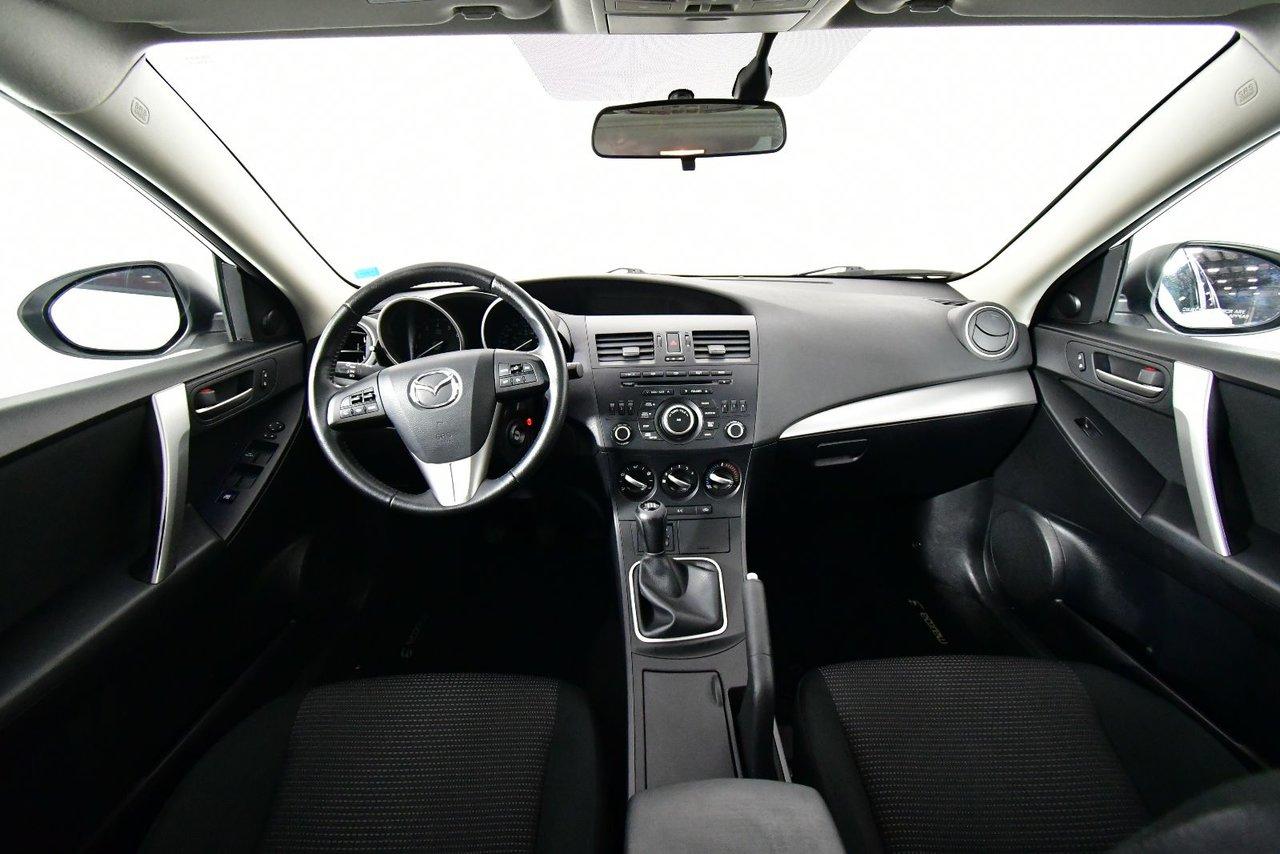 Photo Mazda Mazda3 Sport GS-SKY. Manual. Heated seats. 2012 transmission mannuel