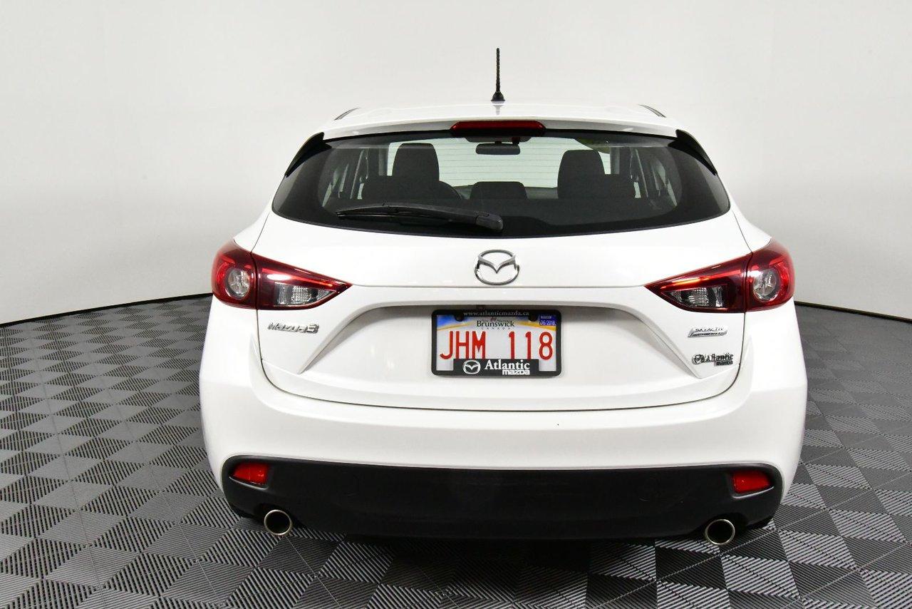 Photo 2014 Mazda Mazda3 Sport GS 0% Financing.Back-up cam.