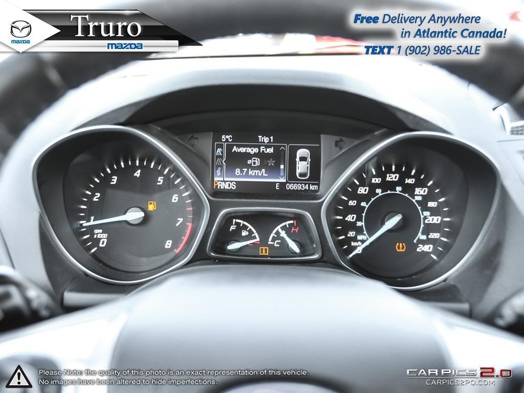 Photo 2014 Ford Escape LEATHER! AWD! CHROME ALLOYS! ONLY 67K! LEATHER! AWD! CHROME ALLOYS! ONLY 67K!