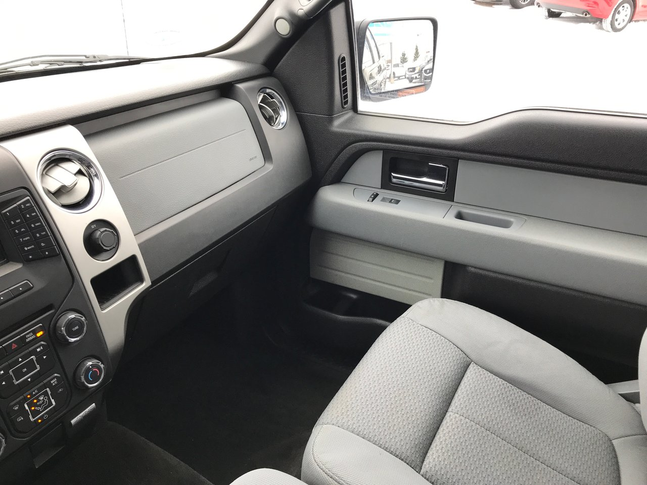 Photo 2014 Ford F-150 XLT! 4X4! ONLY 52K! EXTENDED CAB! XLT! 4X4! ONLY 52K! EXTENDED CAB!