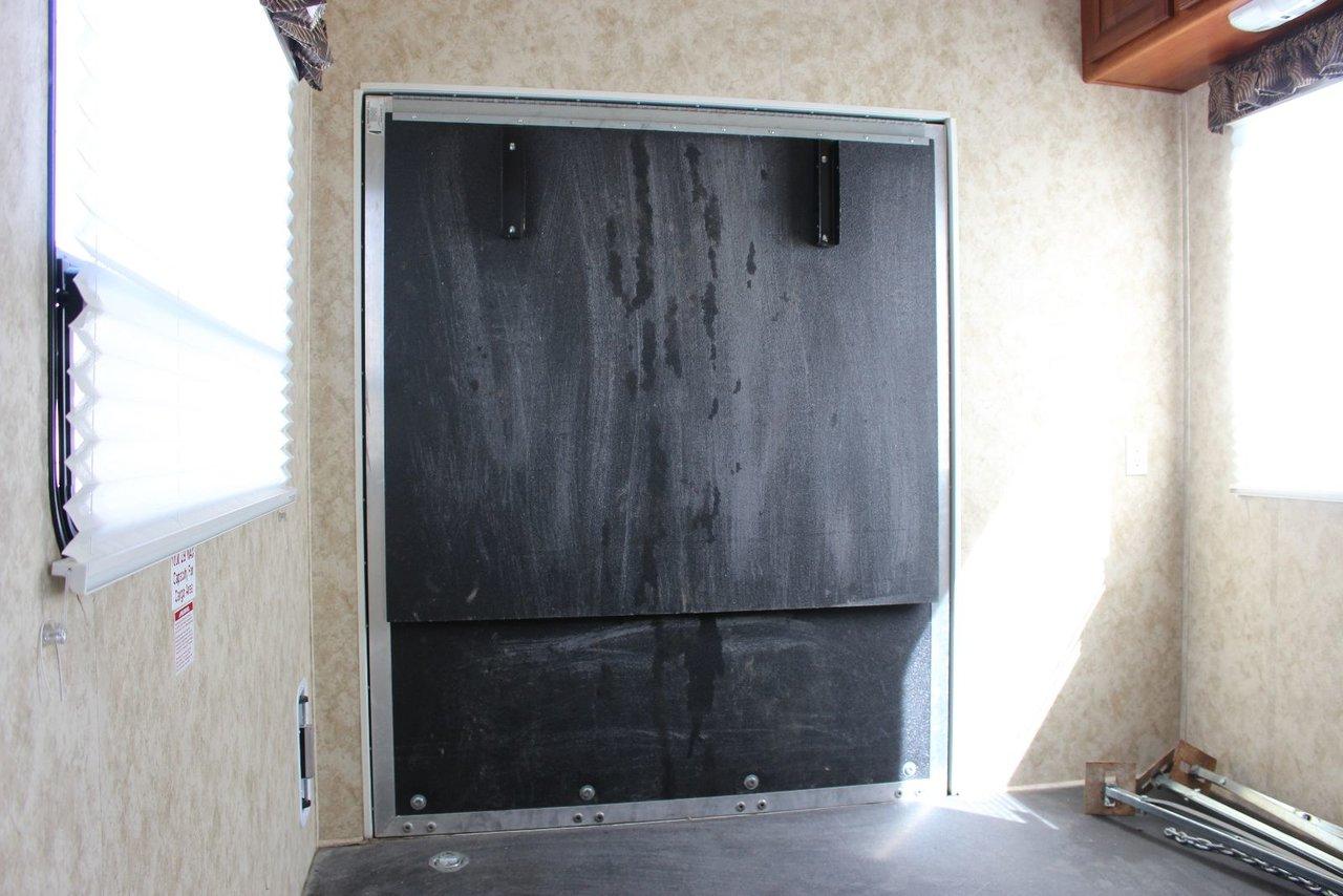 Keystone COUGAR SRX- FIFTH WHEEL,TOYHAULER 2011