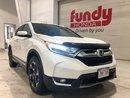 2017 Honda CR-V Touring w/fully loaded