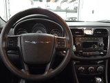 Chrysler 200 2013 LX, un proprietaire, bas kilométrage