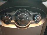 Ford Fiesta 2015 S, A/C, bluetooth, hatchback