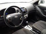 Hyundai Elantra 2010 GL SPORT automatique toit ouvrant climatiseur