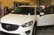 Chambly Mazda félicite Mme Liliane Fredette et M. Jean Perrotte pour l'acquisition de leur nouvelle Mazda CX5 et les remercient pour leur confiance.