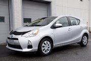 Toyota Prius C TOUTE ÉQUIPÉ BAS KM'S 8 PNEUS 2014 UN SEUL PROPRIO JAMAIS ACCIDENTÉ