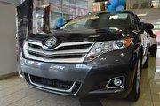 Toyota Venza XLE / AWD / CUIR / NAVI / CAMERA / TOIT PANO / BLU 2015