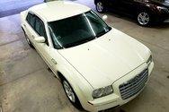 Chrysler 300 Limited Édition / Bas Kilo 98 142 km  / 2005