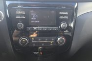 2015 Nissan Rogue SV W/MOONROOF