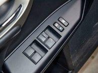 2015 Lexus CT 200h TOURING; CUIR TOIT SIEGES CHAUFFANTS BLUETOOTH