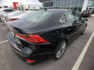 2017 Lexus IS 300 -