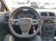 Toyota Corolla S PKG 5 SPEED !!!! 2011