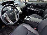 2017 Toyota Prius v TECH PKG+GPS