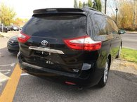 2017 Toyota Sienna XLE 7 Passenger