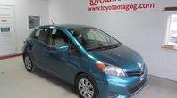 2012 Toyota Yaris LE (59$/SEM) A/C,VITRE
