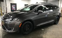 2017 Chrysler Pacifica Limited -  A Luxurious and smooth ride for all!