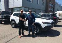 Merci à M. Pierre Bergeron de Trois-Rivières pour son magnifique Jeep Cherokee 2019 Trailhawk, bonne route et bon retour chez vous !