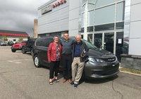 Merci à Mme. Andréa Bouchard et M. Gilbert Dionne , fidèle client au Garage Windsor, pour leur magnifique Chrysler Pacifica 2019. Bonne route.