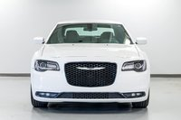 2015 Chrysler 300 S Impeccable, venez faire un essai!