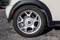 MINI Cooper S **514.368.7804** 2006