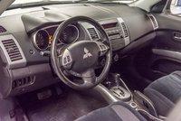 Mitsubishi Outlander ES 2011