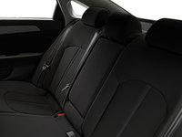 2016 Hyundai Sonata GL | Photo 2 | Black Cloth