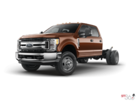2017 Ford Chassis Cab F-350 XLT | Photo 1 | Bronze Fire