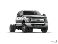 2017 Ford Chassis Cab F-350 XLT | Photo 3 | Ingot Silver