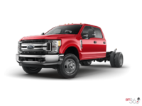2017 Ford Chassis Cab F-350 XLT | Photo 1 | Race Red