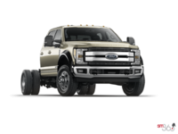 2018 Ford Chassis Cab F-550 LARIAT | Photo 3 | White Gold
