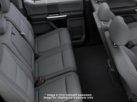 2018 Ford Chassis Cab F-550 XLT | Photo 2 | Medium Earth Grey Cloth, Luxury Captain's Chairs (2S)