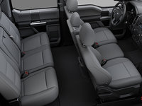 2018 Ford Super Duty F-450 XLT | Photo 2 | Medium Earth Grey Cloth Split Bench (3S)