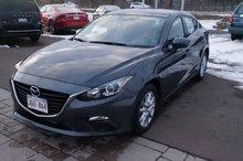 Photo Mazda 3 Only 35k! Push Start! Back-Up Cam! Bluetooth! 2014