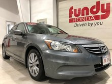 2011 Honda Accord Sedan EX w/power driver seat, sunroof, $165.55 B/W