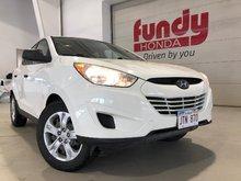 2011 Hyundai Tucson GL w/cruise control, B/T, A/C